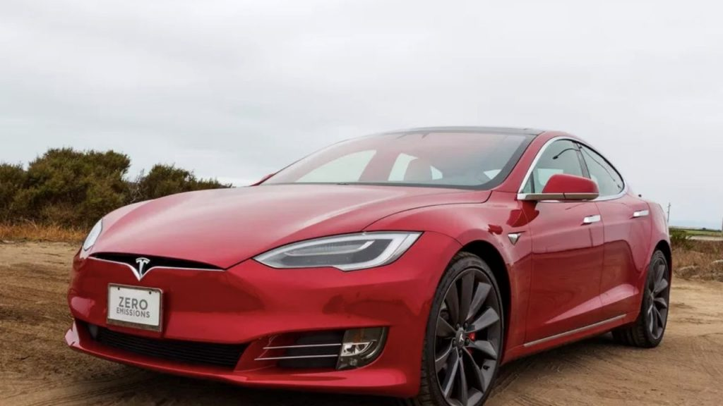Tesla Model S Plaid coming in 2021