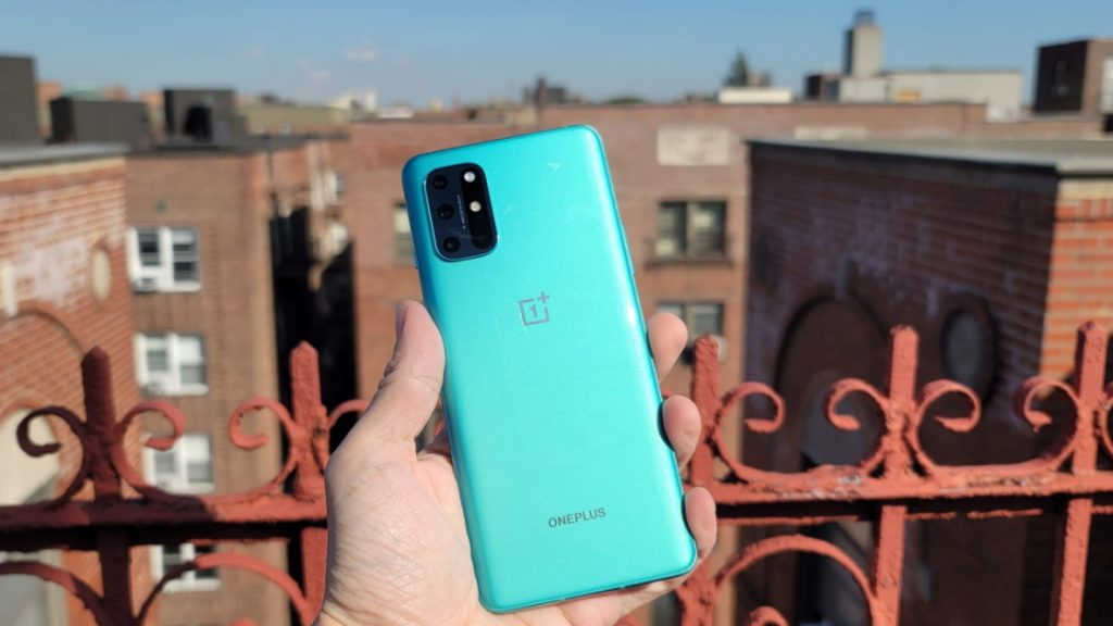 OnePlus 8T phone with dual battery 1