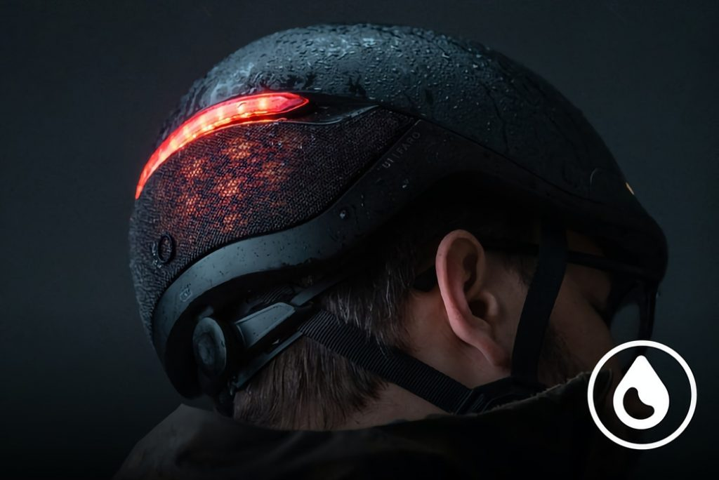 Stylish and smart helmet draws attention with LED lights 1