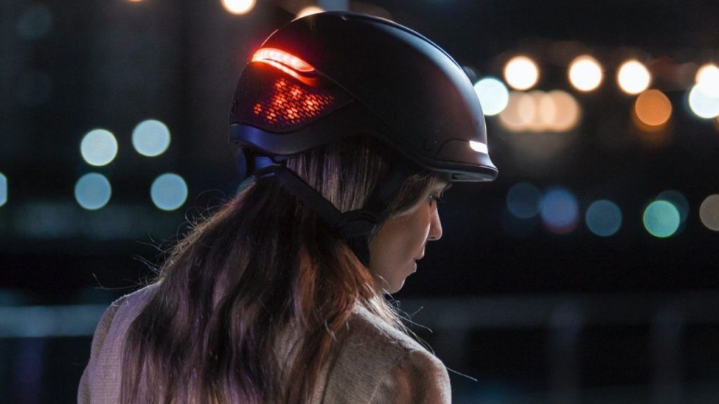 Stylish and smart helmet draws attention with LED lights