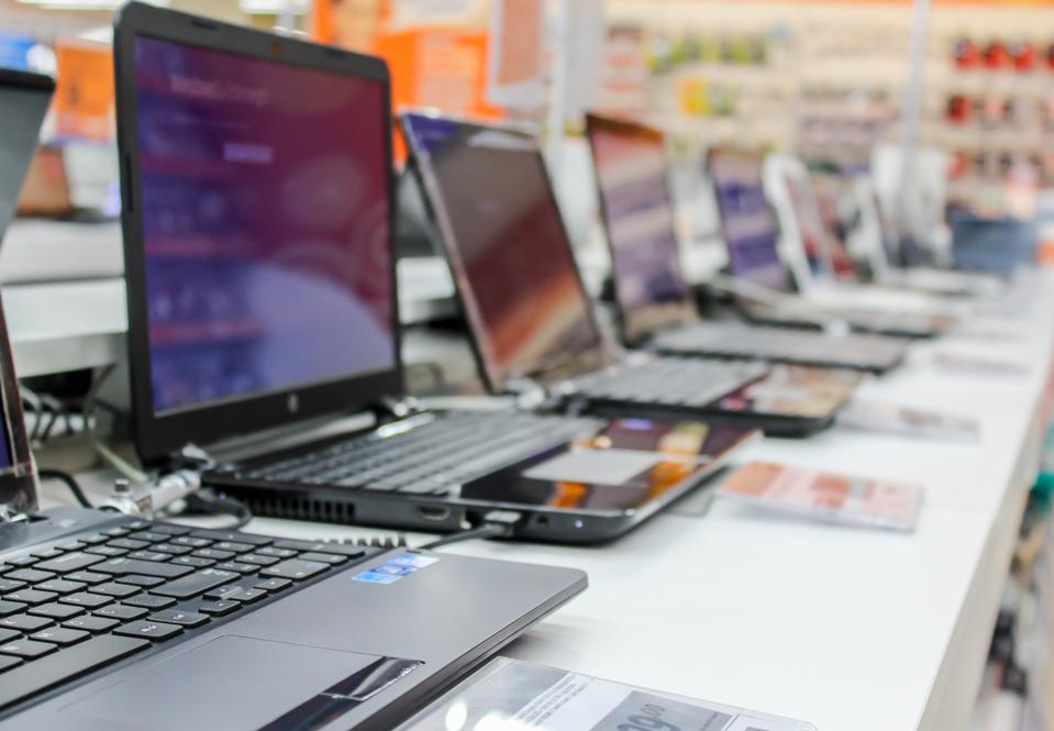 2020 PC Sales Report Announced. Companies Are Waiting For Black Friday