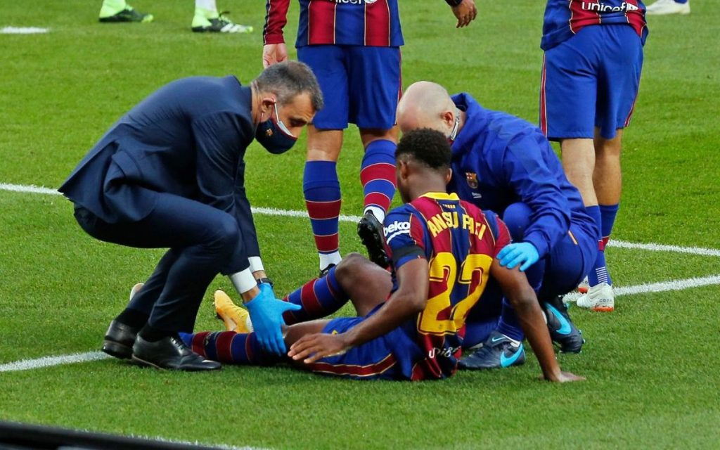 Ansu Fati out for four months with knee injury