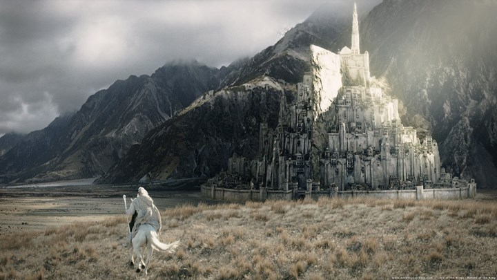 A new director has joined The Lord of the Rings 1