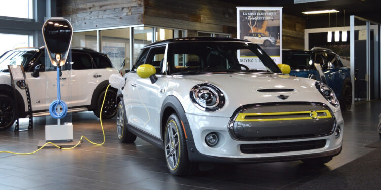 And the mini says goodbye to the internal combustion engine