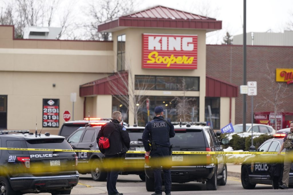 Armed attack on supermarket in the USA 10 dead