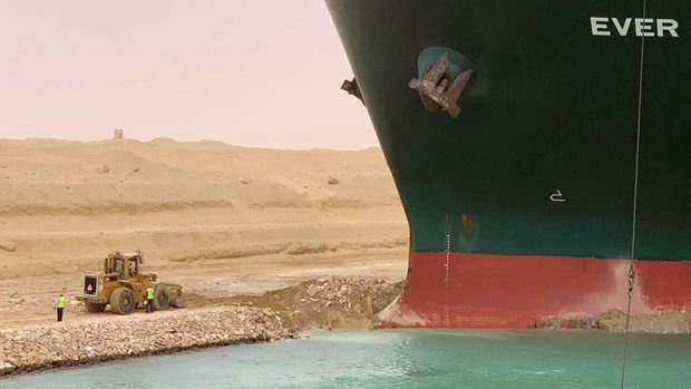 Damage assessment in the clogged Suez Canal