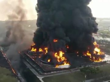 Explosion at oil refinery in Indonesia injures 20