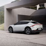 Kia shows off images of his new electric car