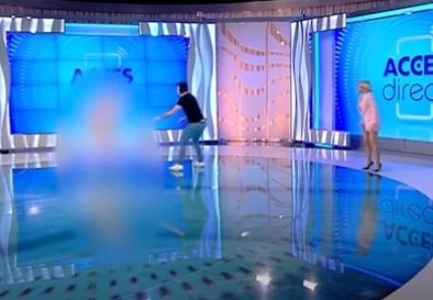 Naked woman shock on live broadcast 2