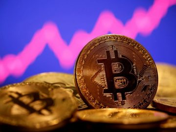 Bitcoin hits record high again Over 60000