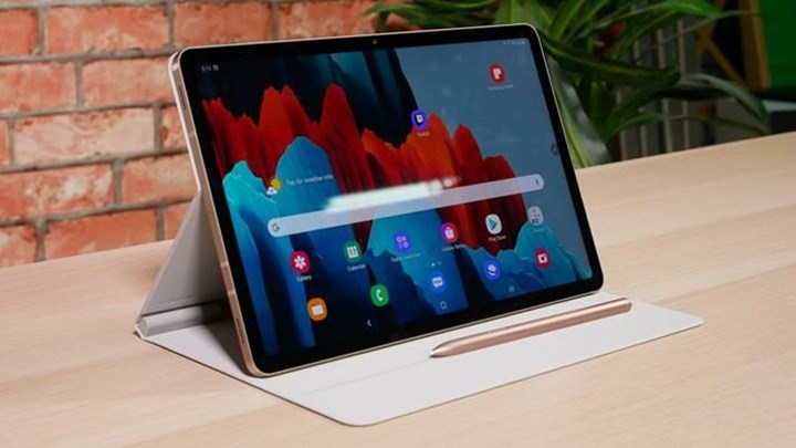 Galaxy Tab S8 is detailed