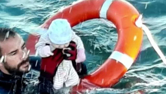 Great drama in the Mediterranean One photo frame was enough to tell you everything