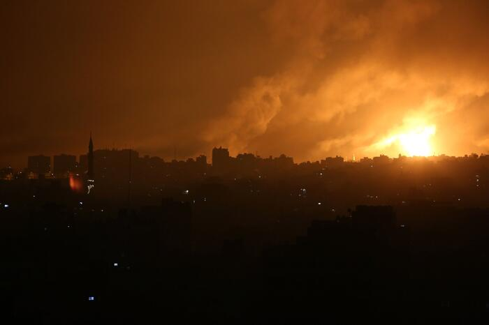 Israel launches ground operation in Gaza 1