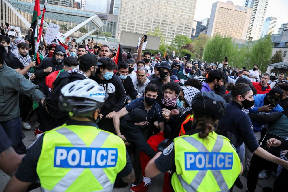 Israeli attacks on Palestinians protested in Canada 1