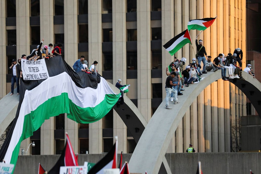 Israeli attacks on Palestinians protested in Canada 2