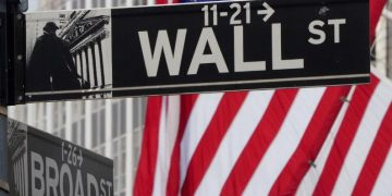 U.S. markets fell at the close Dow Jones Industrial Average down 0.54