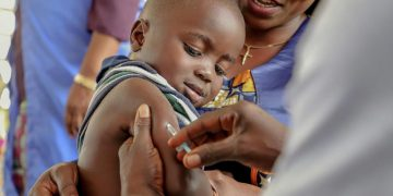 WHO Stop vaccinating children and young people and donate vaccines to poor countries
