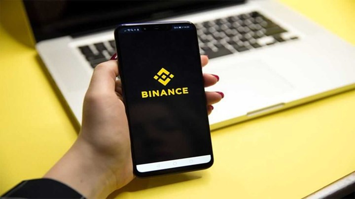 Giant British bank bans payments to Binance 1